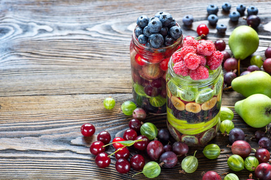 Healthy Homemade Mason Jar fruit Salad