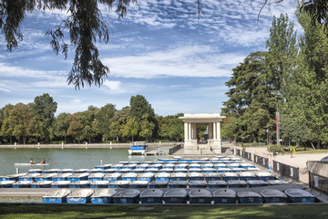 Buscar fotos barcas for Parque del retiro barcas