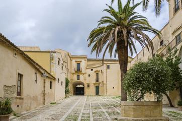 Sicilian courtyard, Noto, Sicily, Italy