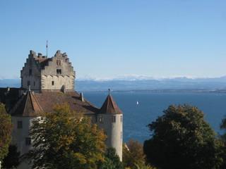 Meersburg mit Bodensee und Alpen