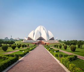 Foto auf Gartenposter Lotosblume Bahai Lotus Temple - New Delhi, India