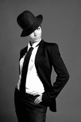 beauty retro woman in hat