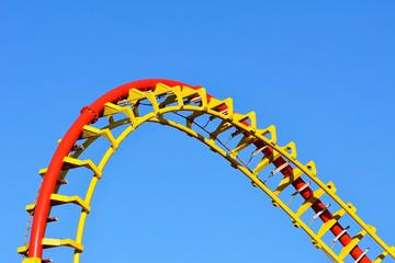 Spiralschiene einer Achterbahn
