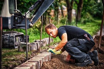 Preparing the Paving: Placing the Edging