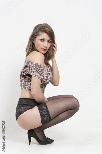 Erotische Frau In Hocke Stockfotos Und Lizenzfreie Bilder Auf