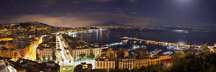Fotobehang Napels view of the Bay of Naples at night