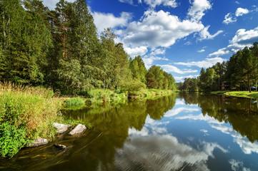летний пейзаж на Уральской реке Иртыш, Россия