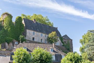 habitations à Ségur-le-Château