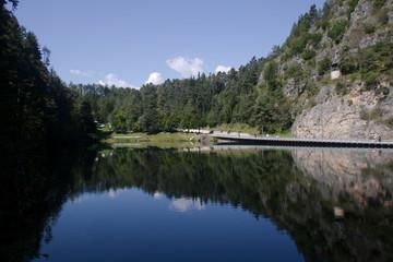 panoramica del Lago Smeraldo (Trentino)