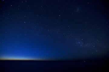 Milky way, between night and dawn