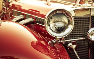 Obraz Old classic car front detail, oldtimer front lamp - fototapety do salonu