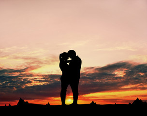 Love couple to sunset