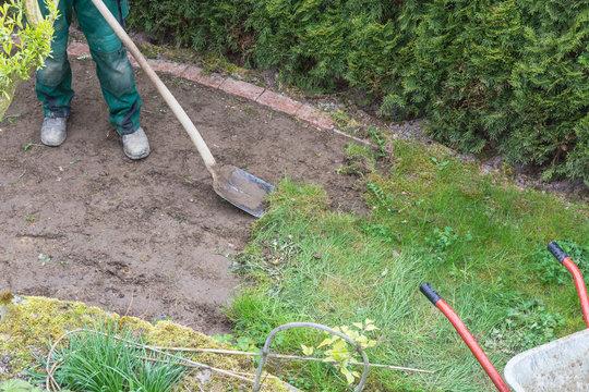Entfernen der alten Grasnarbe