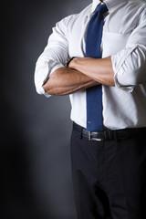 スーツ姿のビジネスマン