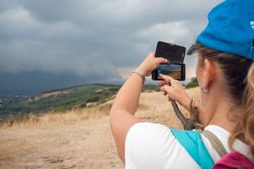 Turista con smartphone