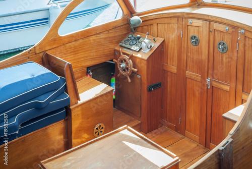 Barca A Motore Interno Imagens E Fotos De Stock Royalty