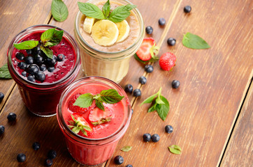 Blueberry strawberry and banana smoothie