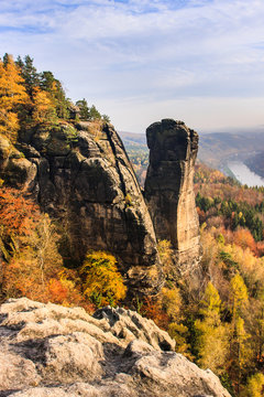 Blick auf den Teufelsturm und das Elbtal in der Sächsischen Schweiz