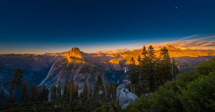 National Park Yosemite Half Dome lit by Sunset Light Glacier Poi