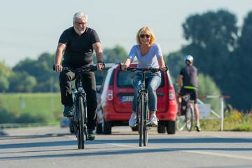 gemeinsam die freizeit mit radfahren verbringen