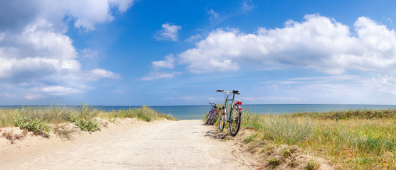 Photo sur Plexiglas Velo Bikes at the Beach