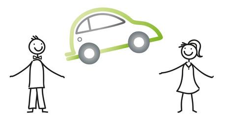 Automobil - Mann und Frau halten ein Auto - moderne Mobilität