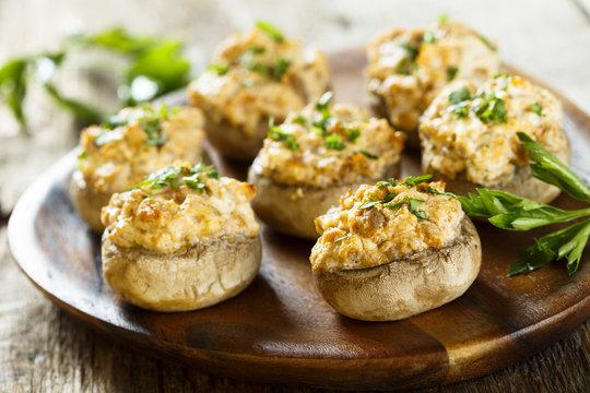 Stuffed mushrooms with salmon and cream
