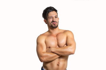 joven fitness latino