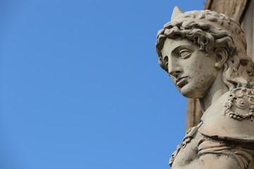 Statue de Saint Michel au Château Saint-Ange à Rome