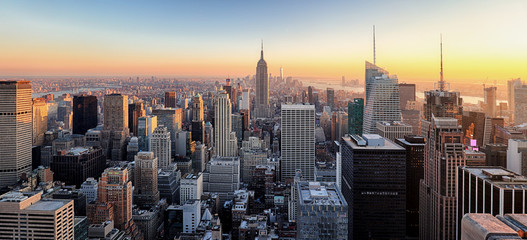 Wall Mural - New York City. Manhattan downtown skyline with illuminated Empir