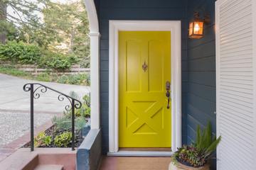 Yellow Green Entry Door / Front Door with single cylinder entran Fototapete