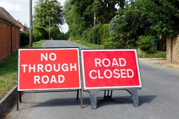 Detour, blocked road