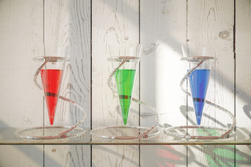 Glass vessels with liquid