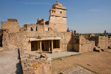 Tourists watching towers in maze of the largest fort in Rajasthan, UNESCO World Heritage