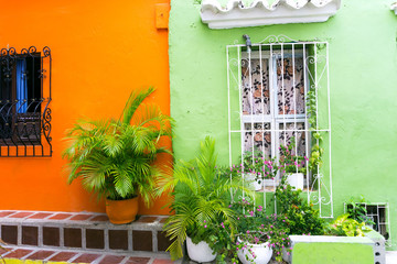 Fototapete - Green and Orange Architecture