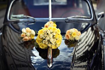 Fototapeta Vintage wedding car decor obraz