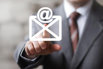 Business button messag mail sending online