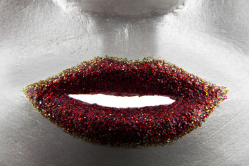 red lips in glitter