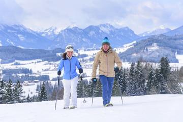 Winterurlaub mit Schneeschuhwanderung im Ostallgäu