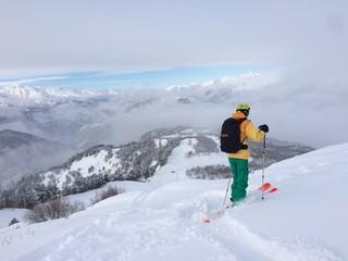 inverno sci montagne
