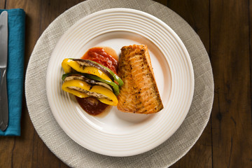 Salmon fillet with mixed vegetables