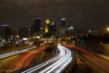 Fotobehang Nacht snelweg Minneapolis, Long Exposure with Streaks