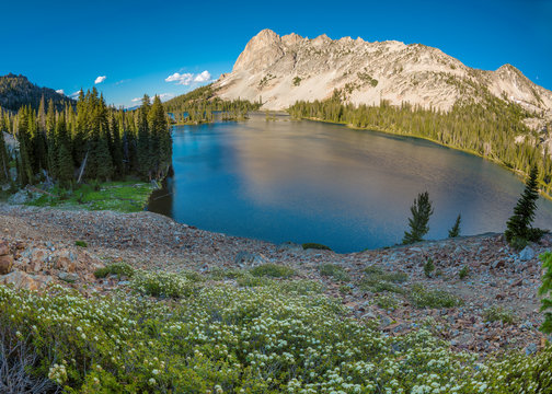 Beautiful Idaho mountain sceen with Lake and mountains