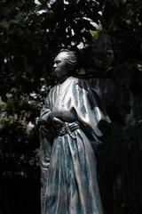 寺田屋の龍馬像
