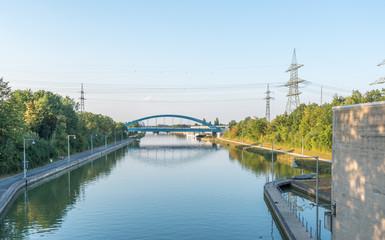 Main-Donau-Kanal, Blick von der Schleuse Kriegenbrunn