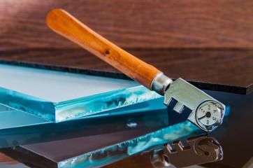 glass cutter, close up