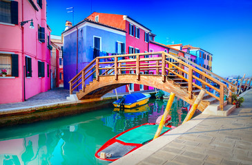 Spoed Fotobehang Venetie Colorful houses in Burano, Venice, Italy