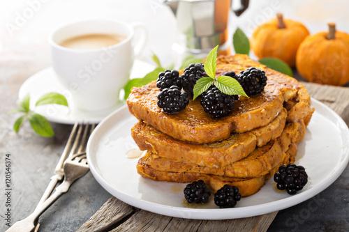 """Pumpkin french toast"""" photo libre de droits sur la banque d'images ..."""