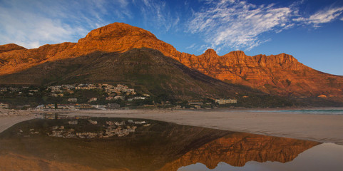 Hout Bay Beach at sunset, in Cape Town