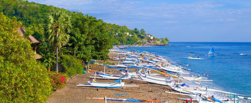 Port de pêche à Amed, Bali, Indonésie